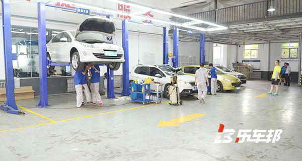 钢运精致东风标致4S店