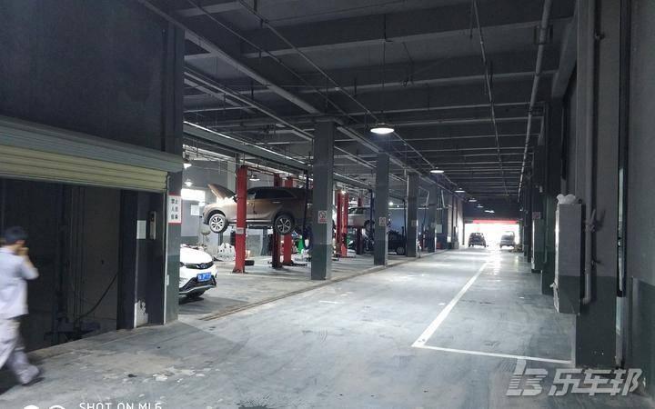 V3菱悦4S店保养