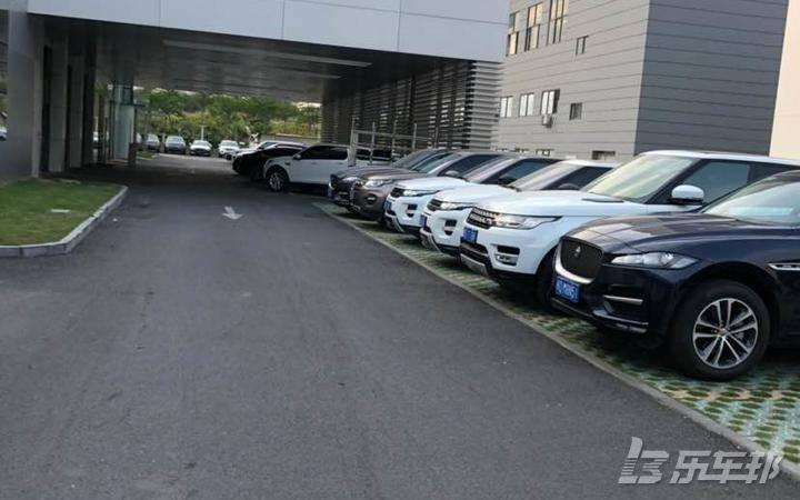 捷豹XJ4S店保养