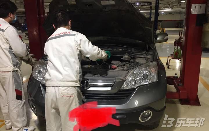 本田CR-V4S店保养