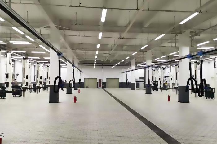 北京万宝航宝马4S店